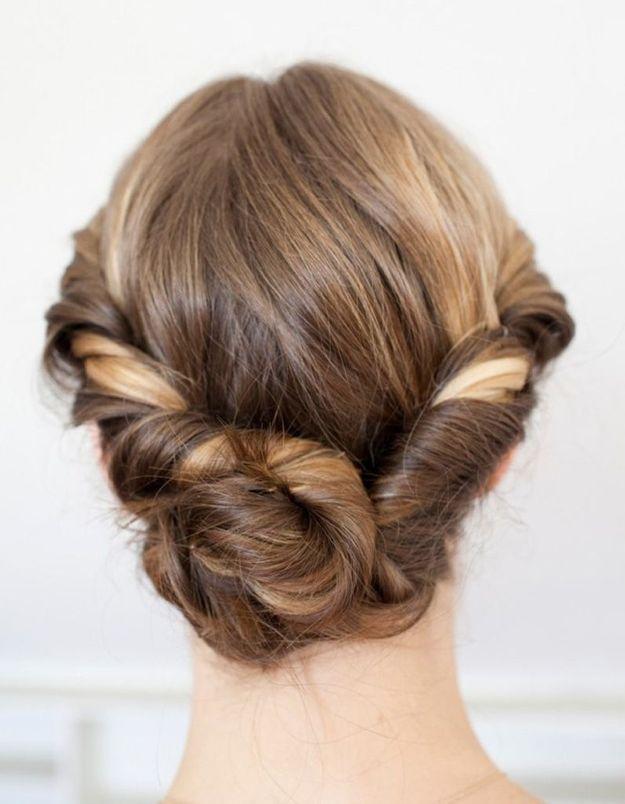 Coiffure romantique cheveux mi-longs