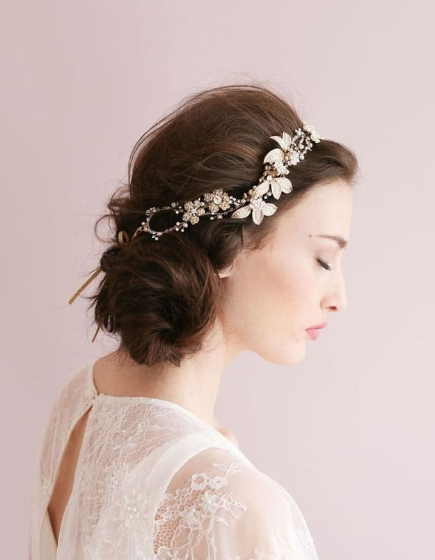 Coiffure romantique headband