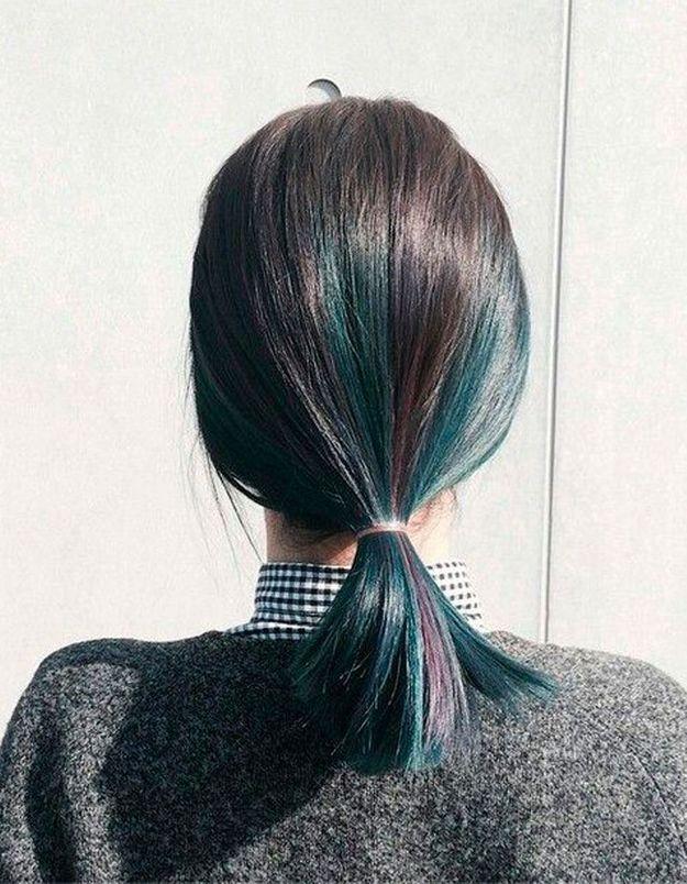 Coiffure cheveux mi-longs simple