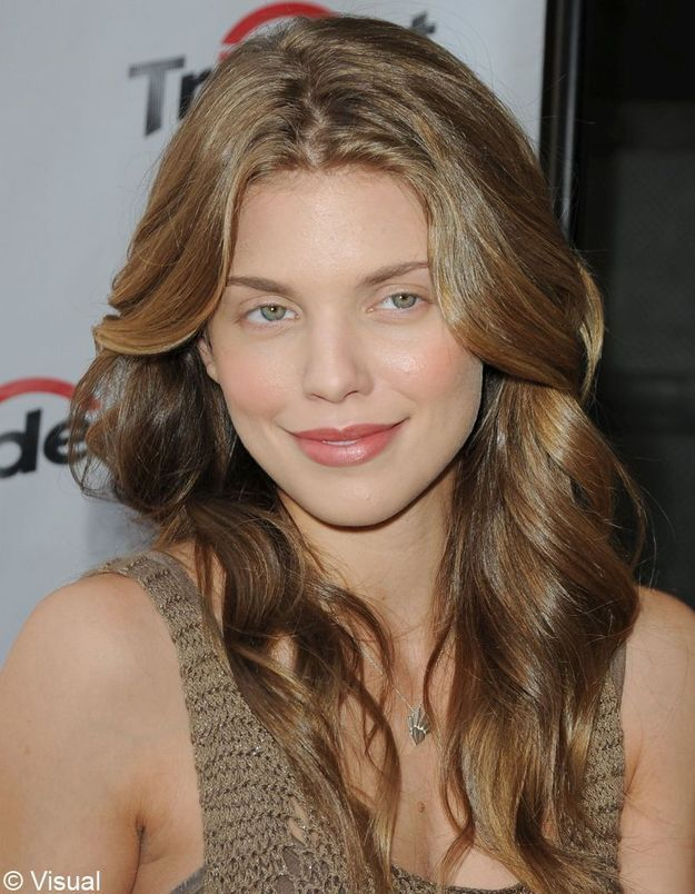 VISUAL 251416 002 AnnaLynne McCord