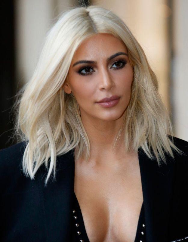Après : Kim Kardashian blonde