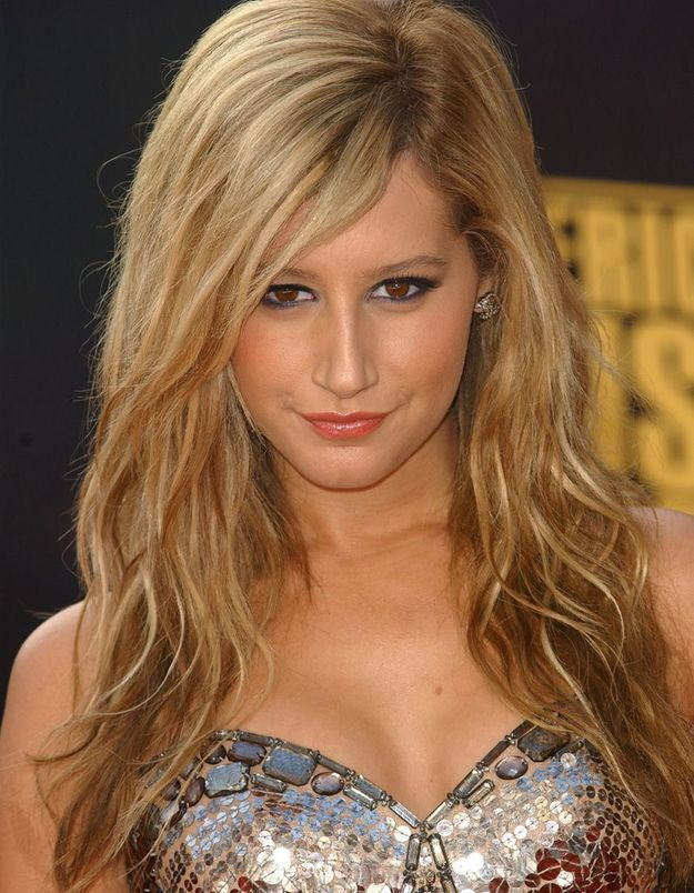 Avant : Ashley Tisdale blonde