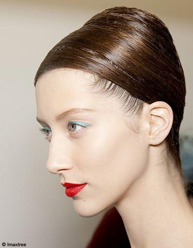 Beaute cheveux coiffure tendance chignon haut Jil Sander
