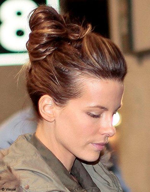 Beaute cheveux coiffure tendance chignon haut Kate Beckinsale
