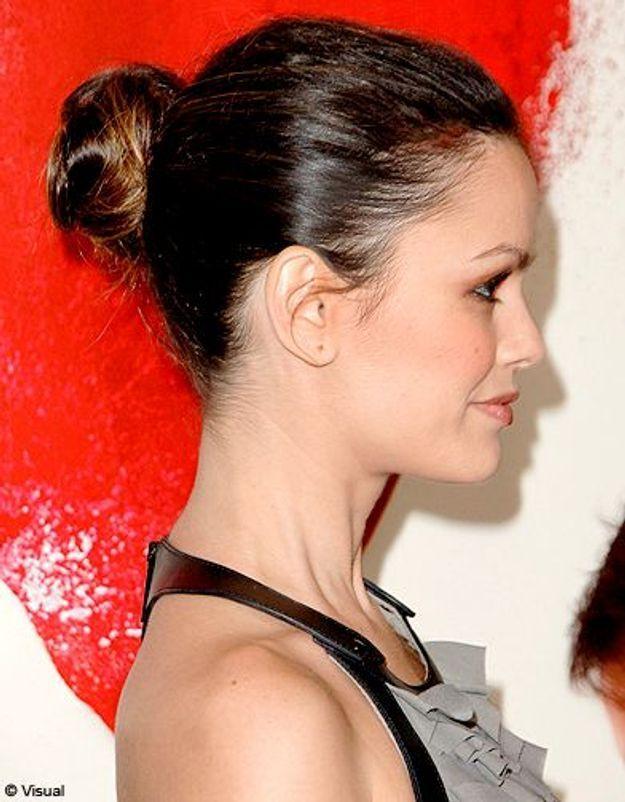 Beaute cheveux coiffure tendance chignon haut Rachel Bilson