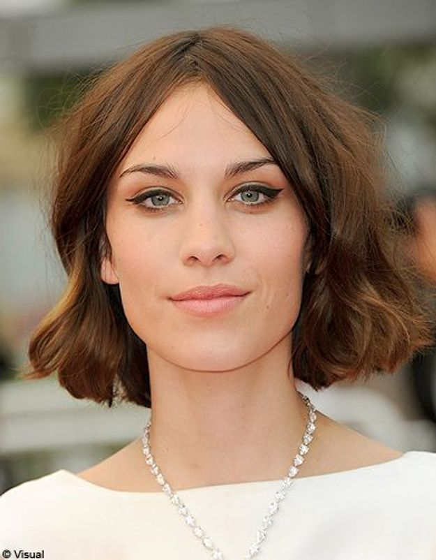 Beaute tendance cheveux coiffure coupe carre people Alexa Chung