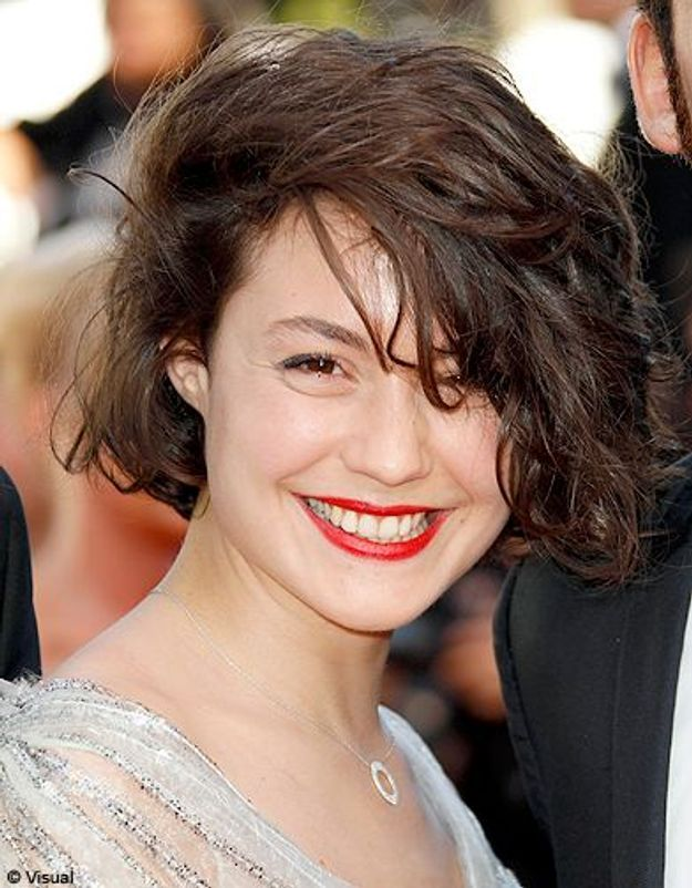 Beaute tendance cheveux coiffure coupe carre people Juliette Lamboly
