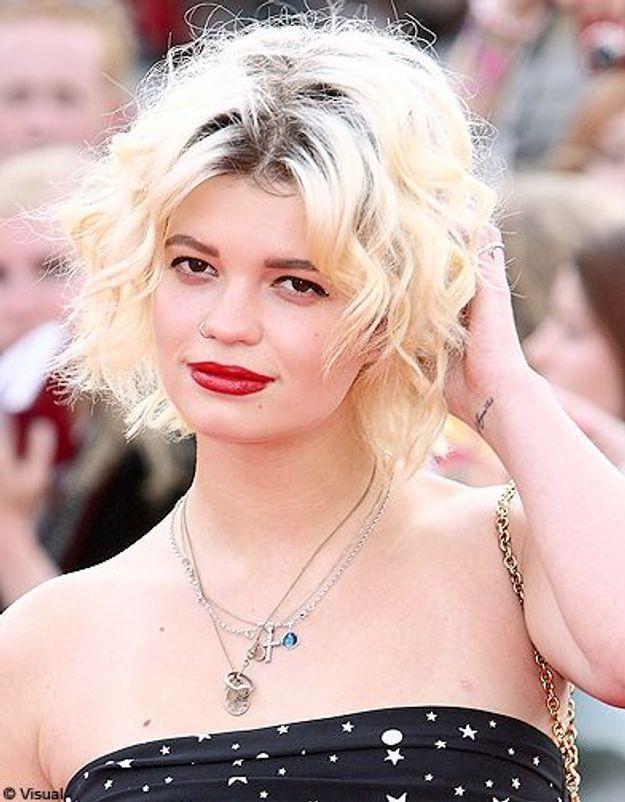 Beaute tendance cheveux coiffure coupe carre people Pixie Geldoff