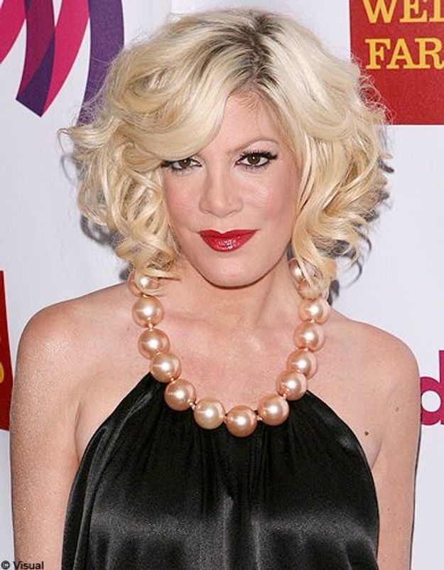 Beaute tendance cheveux coiffure coupe carre people Tori Spelling