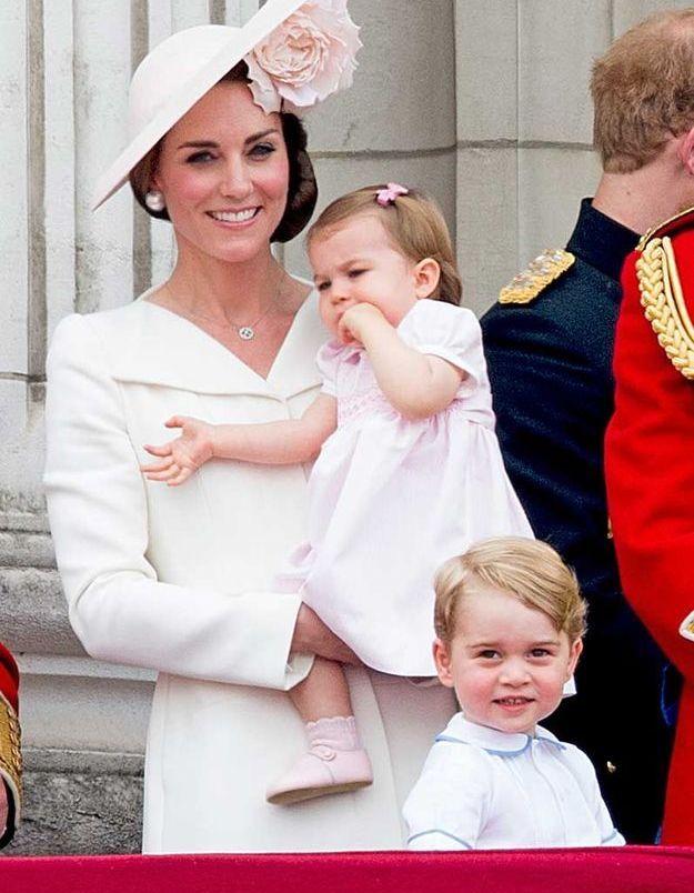 La princesse Charlotte et son petit nœud pâle