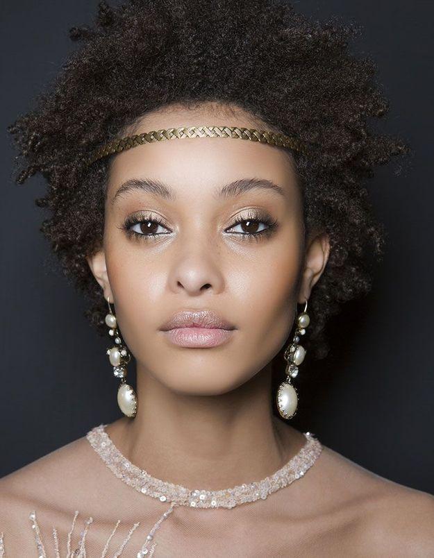 Coiffure de Saint-Valentin cheveux afro