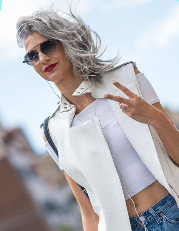 Coloration grise à la mode