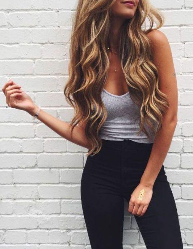 Cheveux longs brushing bouclé automne-hiver 2018