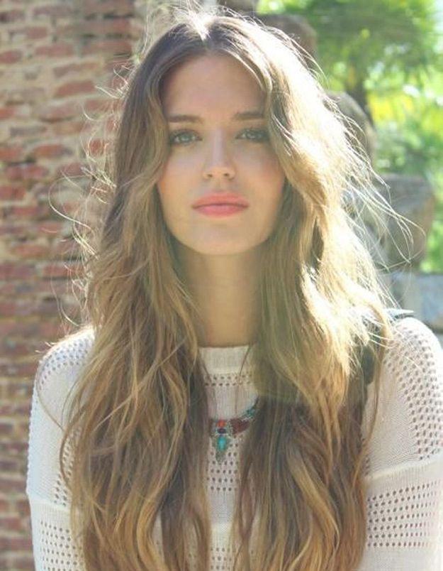 Coiffure cheveux longs ondulés 2016