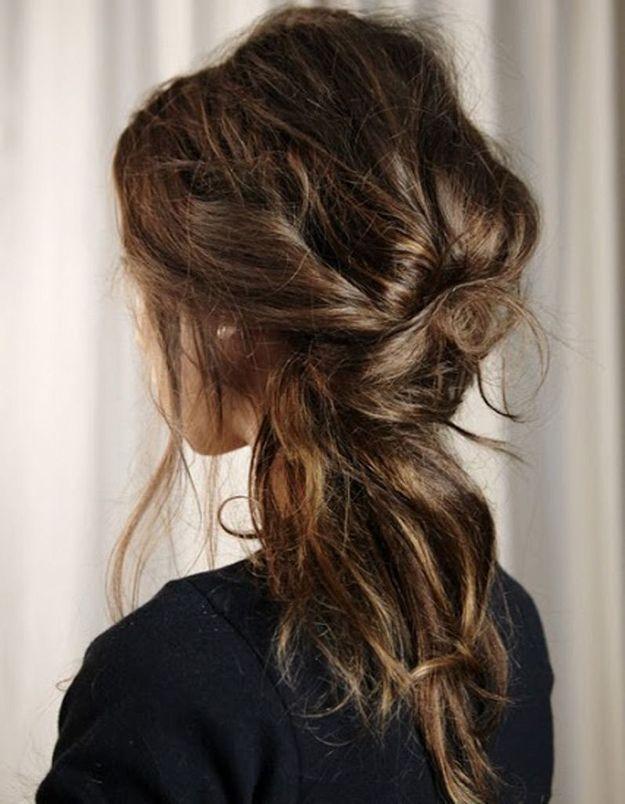 Coiffure cheveux ondulations naturelles automne-hiver 2016
