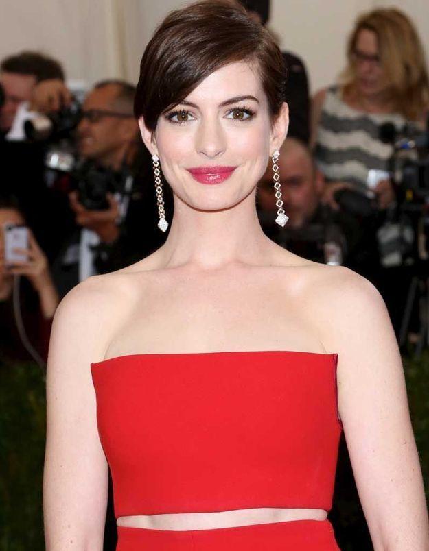 La coupe garçonne d'Anne Hathaway