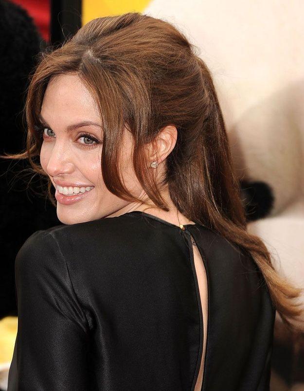 La queue-de-cheval d'Angelina Jolie, en 2011