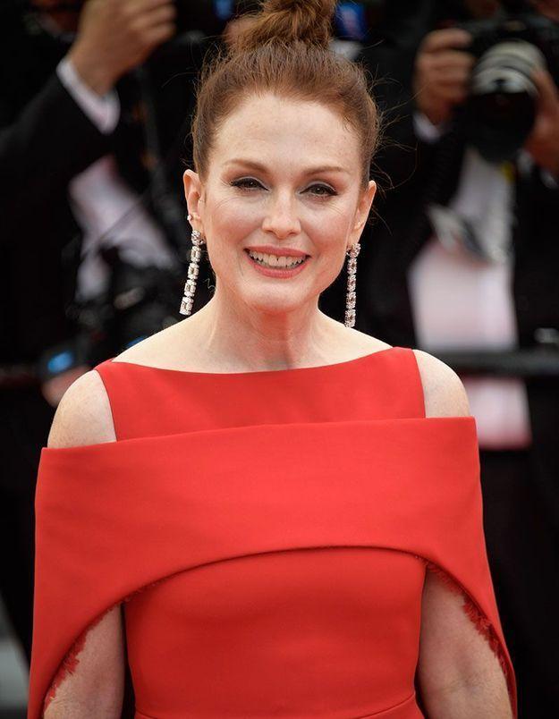Le bun de Julianne Moore à Cannes