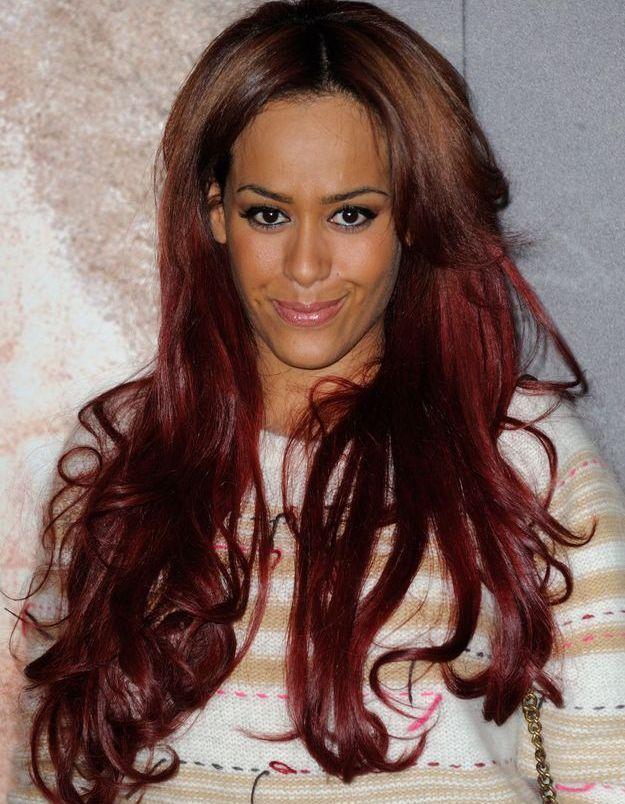 Amel Bent et sa chevelure rouge en 2013