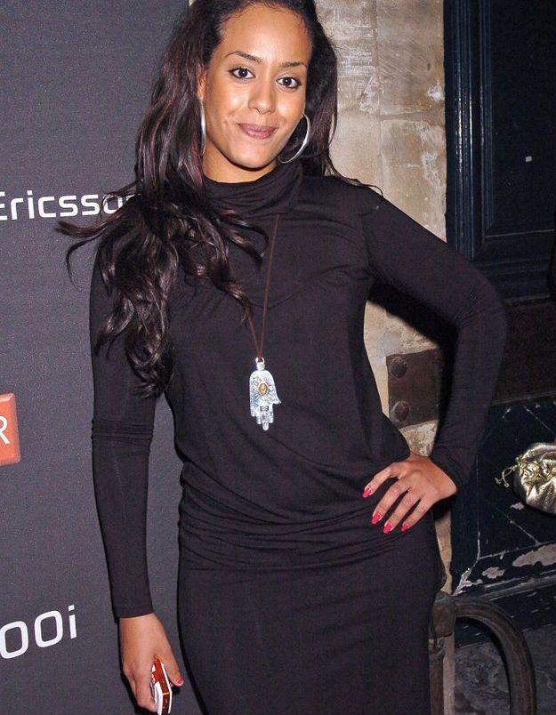 Amel Bent et ses cheveux longs en 2006