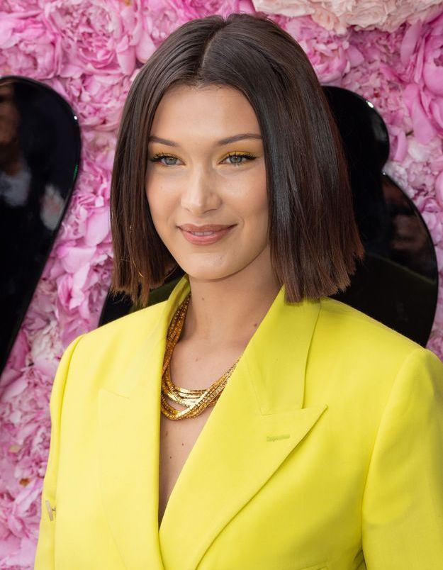 Bella Hadid et son carré raide en 2018 au défilé Louis Vuitton by Virgil Abloh