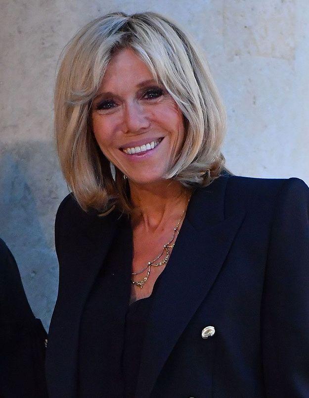 Les cheveux lâchés de Brigitte Macron
