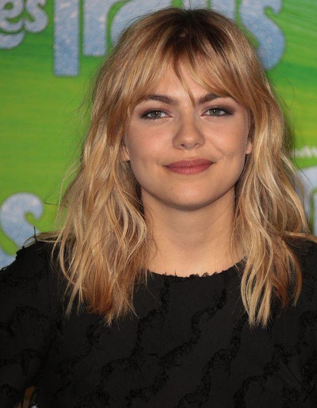 Louane et sa coiffure signature