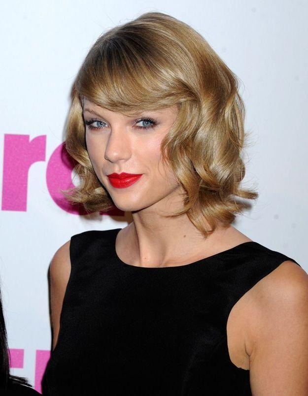 2014 : Taylor Swift avec un carré rétro
