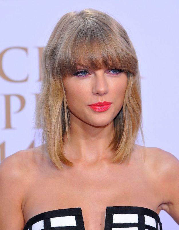 2014 : Taylor Swift, carré long avec une frange