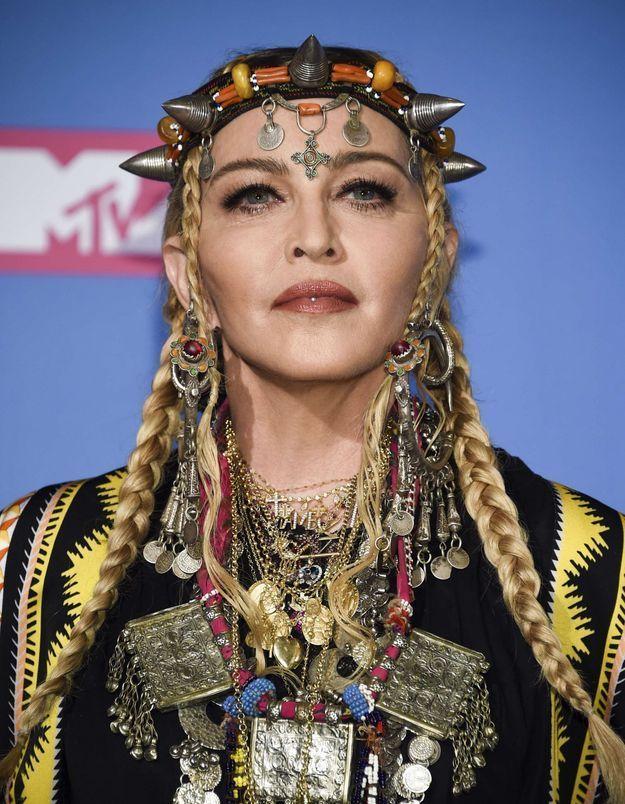 Madonna : méconnaissable, elle change radicalement de tête