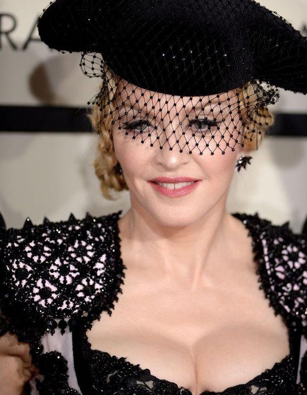 Madonna et ses cheveux attachés