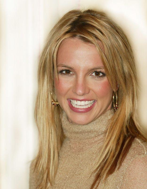 Britney Spears jeune avec ses cheveux au naturel