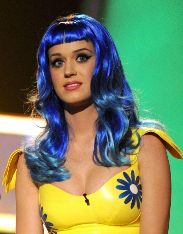 Katy Perry et sa perruque bleue
