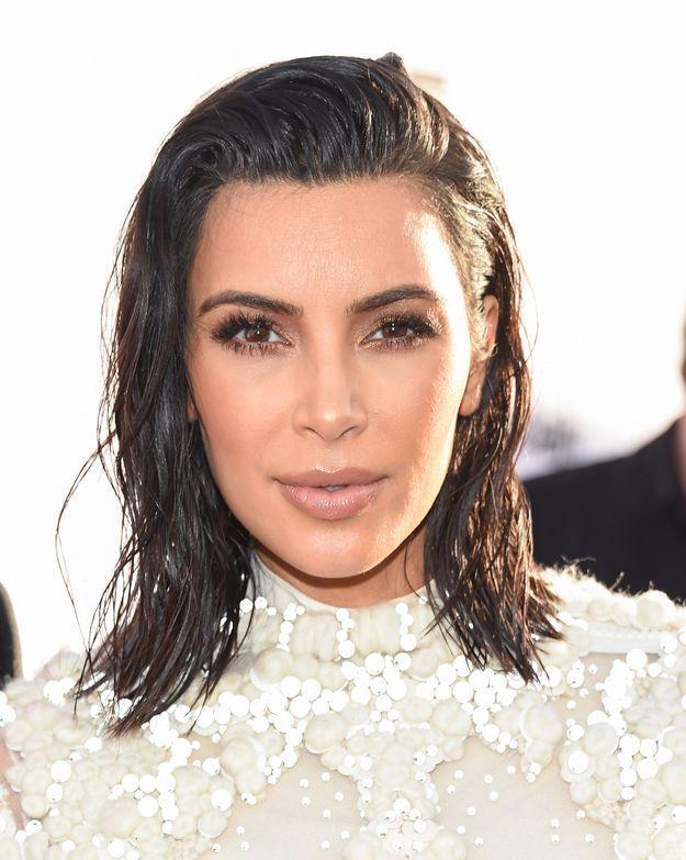 Kim Kardashian et sa chevelure normale
