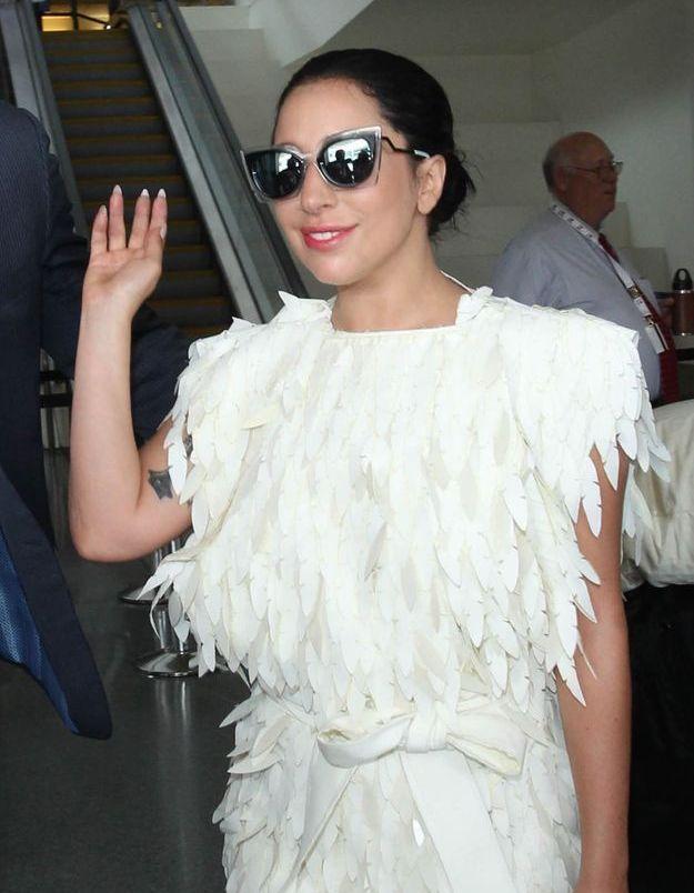 Lady Gaga et sa chevelure au naturel