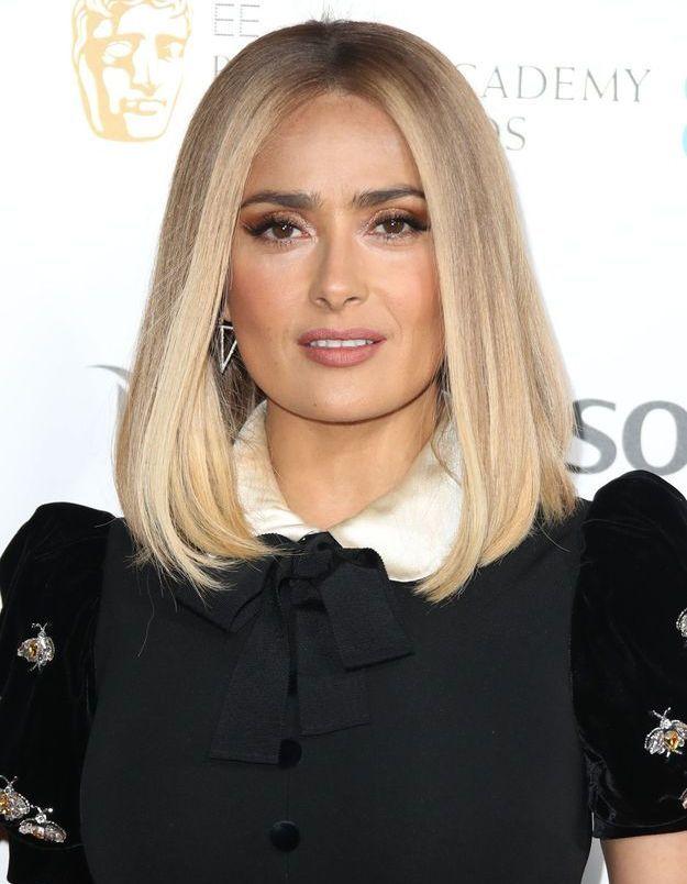 Salma Hayek et sa perruque blonde