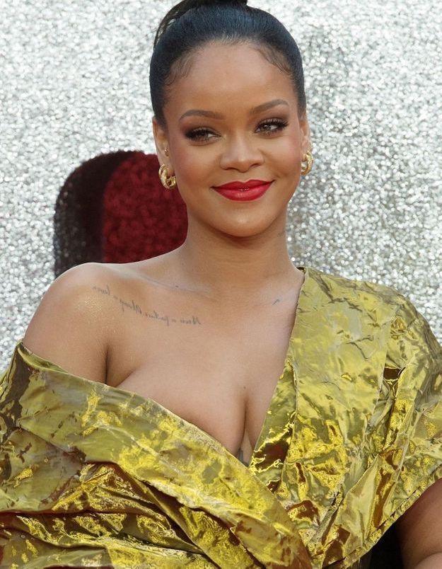 Rihanna adopte la frange et elle est sublime