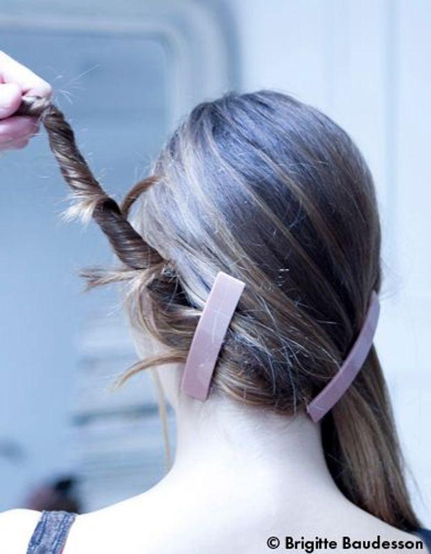 Elle Beauté Cheveux Coiffure Le Tuto De Fred Le Chignon A Barrettes 03