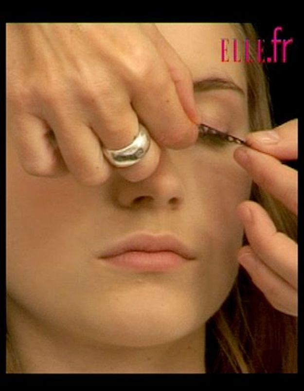 astuces_maquillage_faux_cils_4