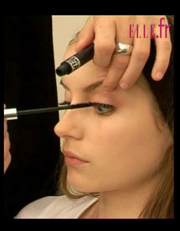 astuces_maquillages_faux_cils_14