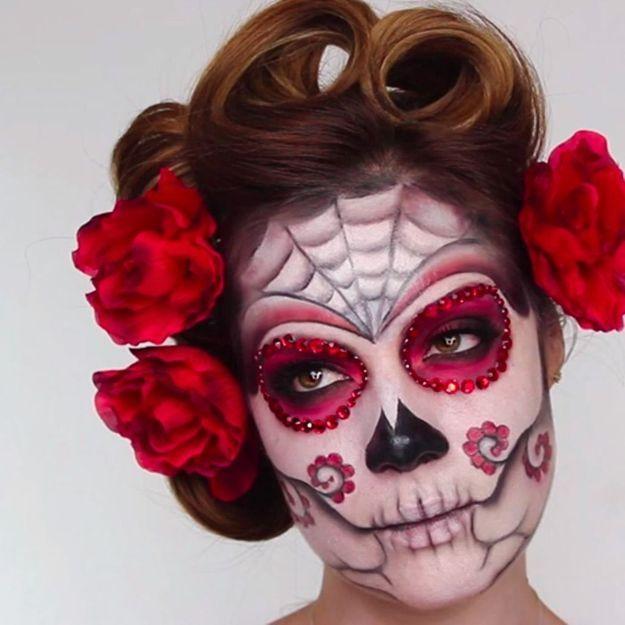 Maquillage Halloween : poupée cadavérique