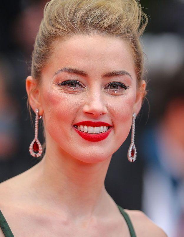 Le glitter eye d'Amber Heard à Cannes