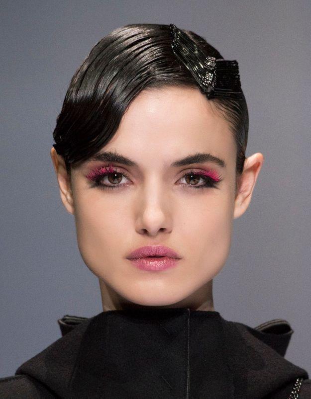 Accorder son mascara à son rouge à lèvres, la nouvelle tendance ?
