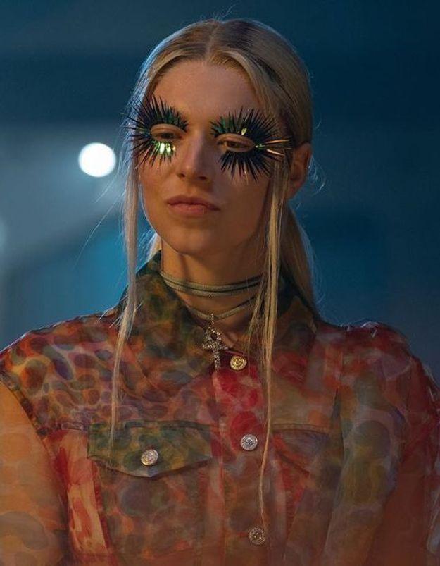 Comment copier le make-up de la série « Euphoria » pour Halloween ?