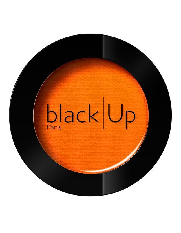 Un blush orange, Black Up