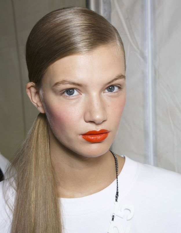 La bouche tangerine du défilé DKNY