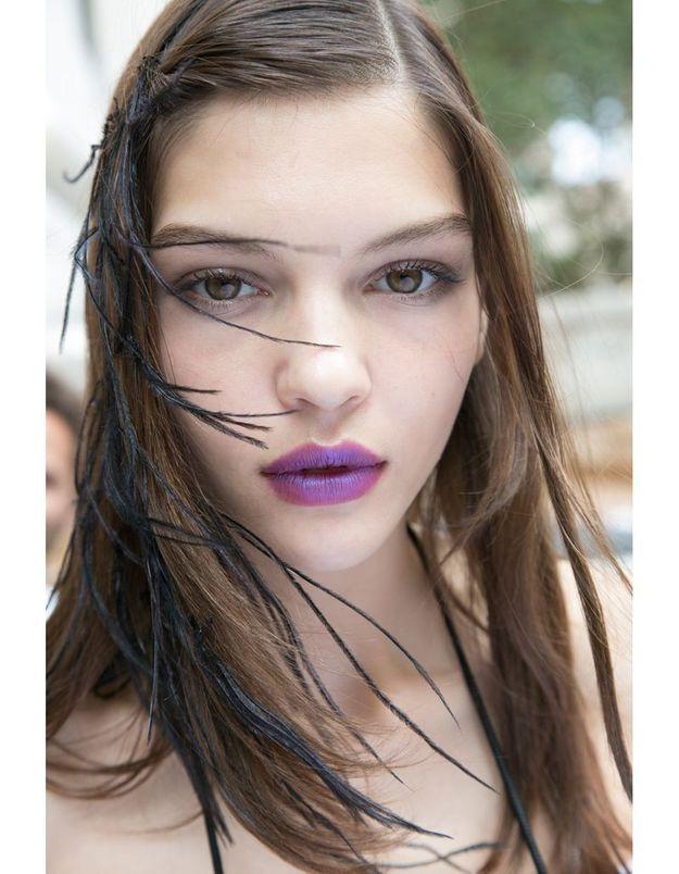 Les lèvres bleutées du défilé Marchesa