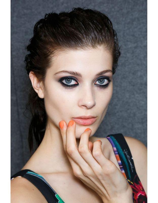 Les ongles orange du défilé Just Cavalli