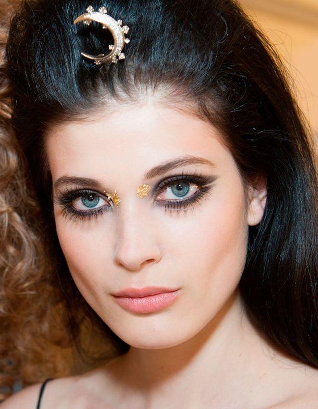 Maquillage déesse grecque doré