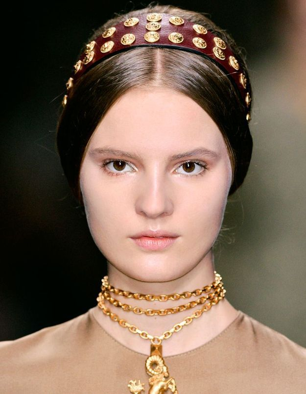 Maquillage doré et rose